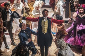 the-greatest-showman-press-photo-03-billboard-1548