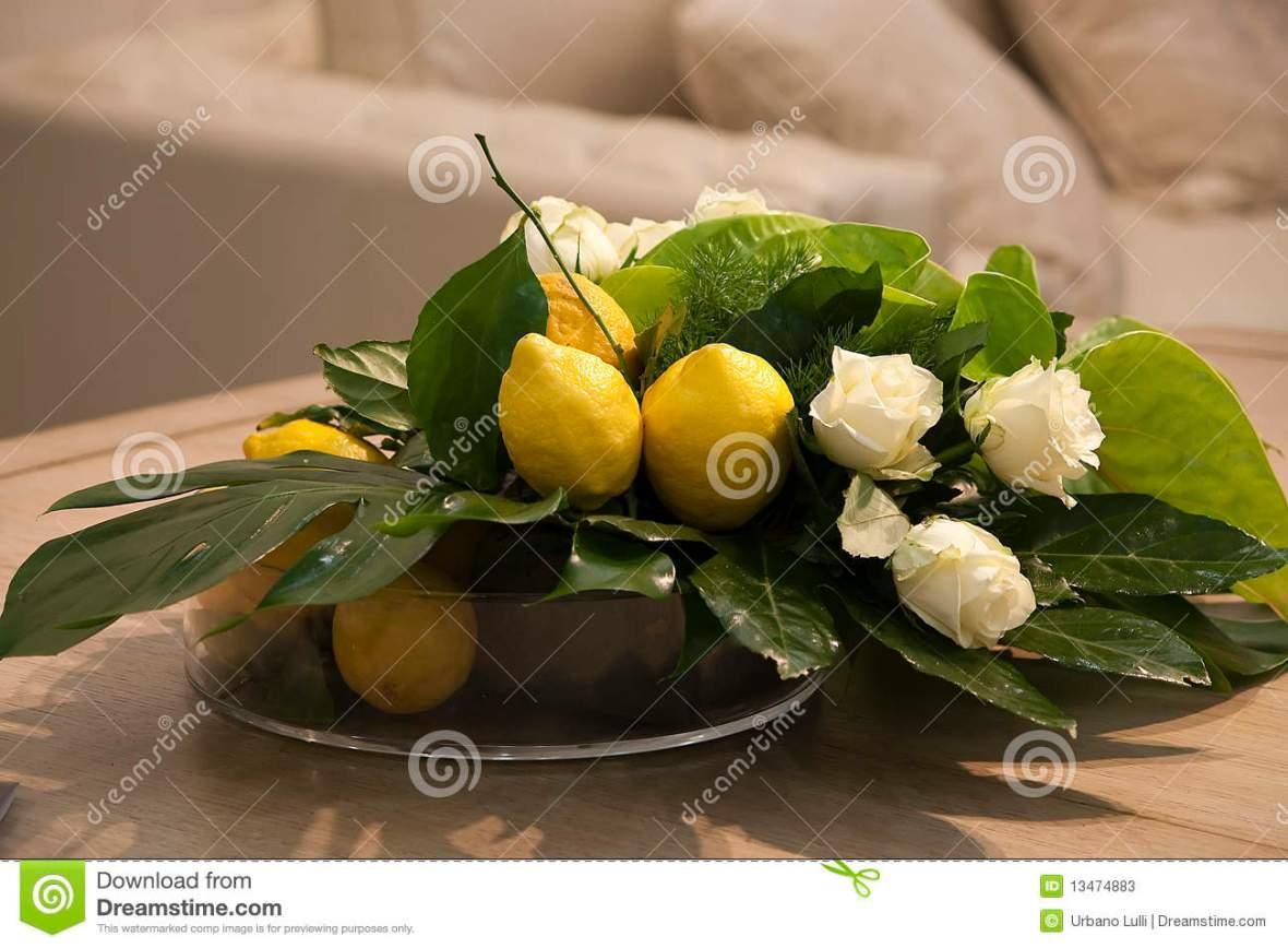 lemons-roses-13474883